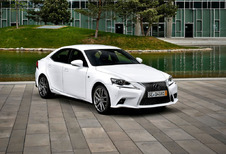 Lexus IS IS 300h Executive Line (2016)
