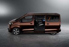Peugeot Traveller i-Lab: altijd online