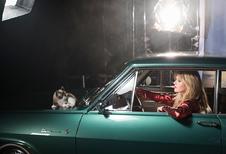 Dochter Jagger en kat zijn de sterren in Opel-kalender 2017