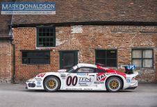 Une Porsche 911 GT1 à l'historique chargé en vente