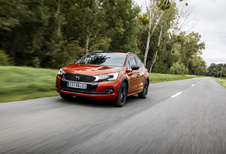 DS 4 Crossback 2.0 BlueHDi EAT6 (2015)