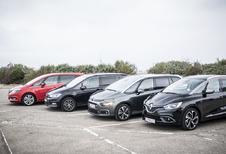 Renault Grand Scénic tegen 3 concurrenten