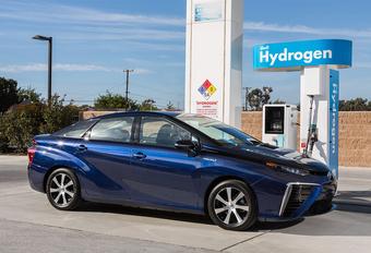 Toyota en Air Liquide openen in 2016 eerste publieke waterstofstation in België #1