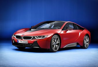 BMW i8 Protonic Red Edition pour Genève #1