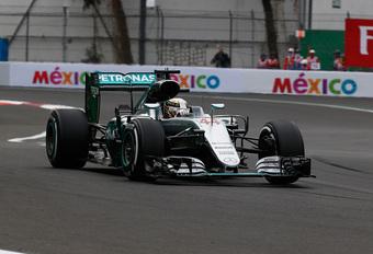 Hamilton houdt het spannend, Vettel en de Red Bull-piloten maken ruzie #1
