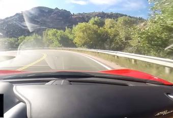 INSOLITE – Il plante sa Ferrari de location #1
