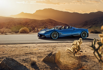 Pagani bouwt 100 exemplaren van peperdure Huayra Roadster #1