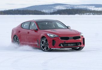 Kia Stinger: wintertests #1