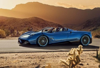 Pagani Huayra Roadster : mieux que le Coupé ! #1