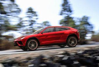 Lamborghini loslippig over zijn SUV #1