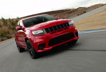 Jeep Grand Cherokee Trackhawk op video #1