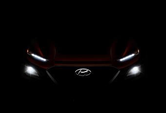 Hyundai Kona toont zijn radiatorrooster en koplampen #1