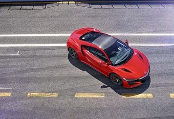 Porsche tacle la Honda NSX #1