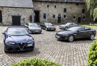 Alfa Romeo Giulia tegen 4 concurrenten #1