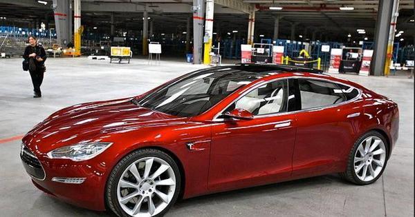 Nieuw model Tesla Model 3 binnenkort onthuld - AutoGids