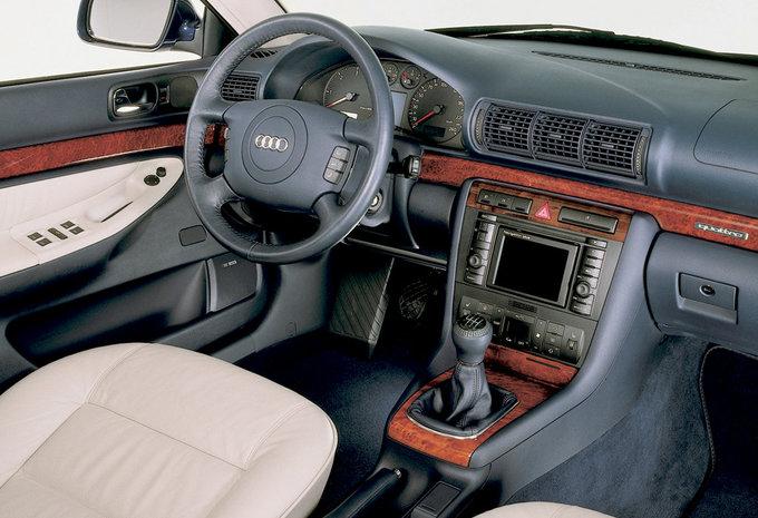 audi a4 2 5 tdi tiptronic 1999 prix moniteur automobile. Black Bedroom Furniture Sets. Home Design Ideas