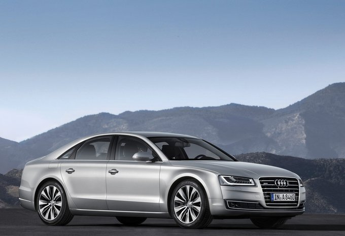 audi a8 3 0 tdi eu6 184kw tip8 quattro 2013 prix moniteur automobile. Black Bedroom Furniture Sets. Home Design Ideas