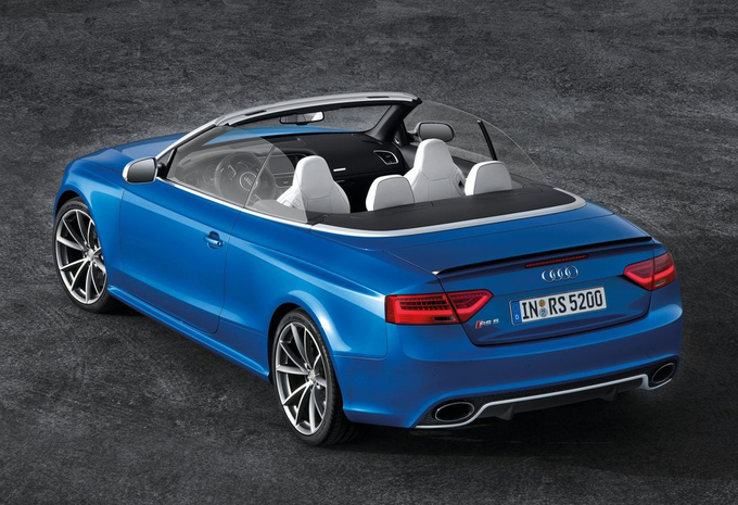 audi rs5 cabriolet 4 2 fsi s tronic quattro 2015 prix moniteur automobile. Black Bedroom Furniture Sets. Home Design Ideas