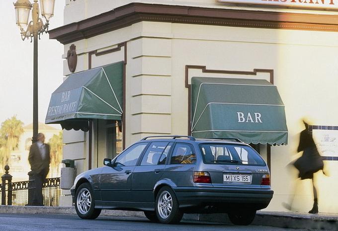 bmw s rie 3 touring 325tds a 1995 prix moniteur automobile. Black Bedroom Furniture Sets. Home Design Ideas