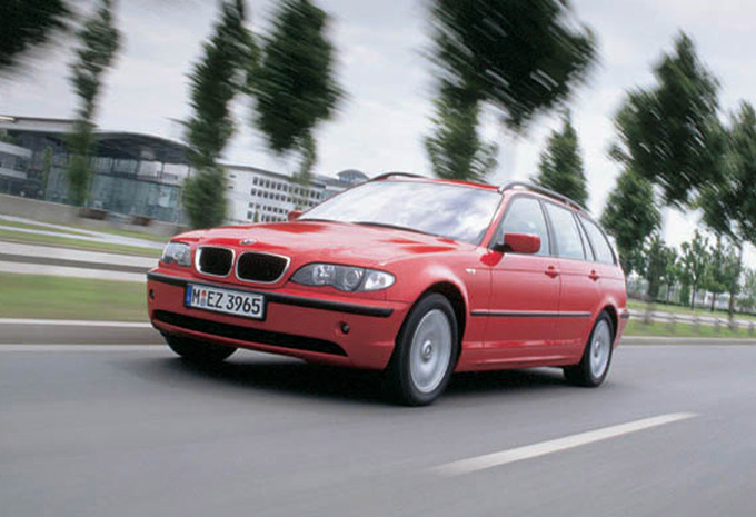 sp cifications techniques bmw s rie 3 touring 320d 150cv 1999 moniteur automobile. Black Bedroom Furniture Sets. Home Design Ideas