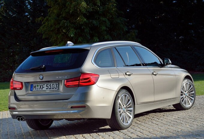 prijs bmw 3 reeks touring 318d xdrive 110 kw 2017 autogids. Black Bedroom Furniture Sets. Home Design Ideas