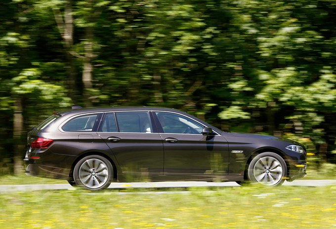 bmw s rie 5 touring 520i 135 kw 2017 prix moniteur automobile. Black Bedroom Furniture Sets. Home Design Ideas
