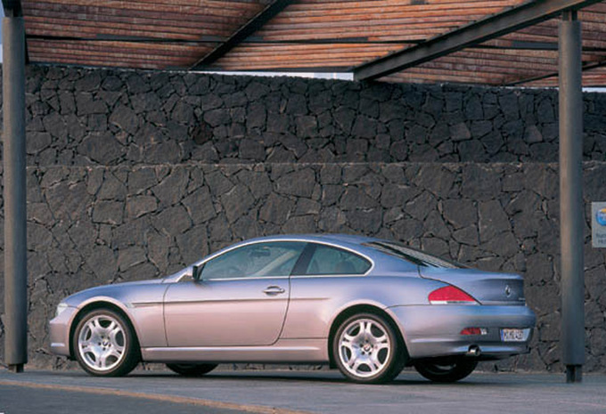 bmw s rie 6 coup 645ci 2004 prix moniteur automobile. Black Bedroom Furniture Sets. Home Design Ideas