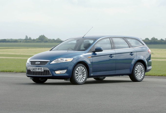 ford mondeo clipper 2 2 tdci titanium 2007 prix moniteur automobile. Black Bedroom Furniture Sets. Home Design Ideas