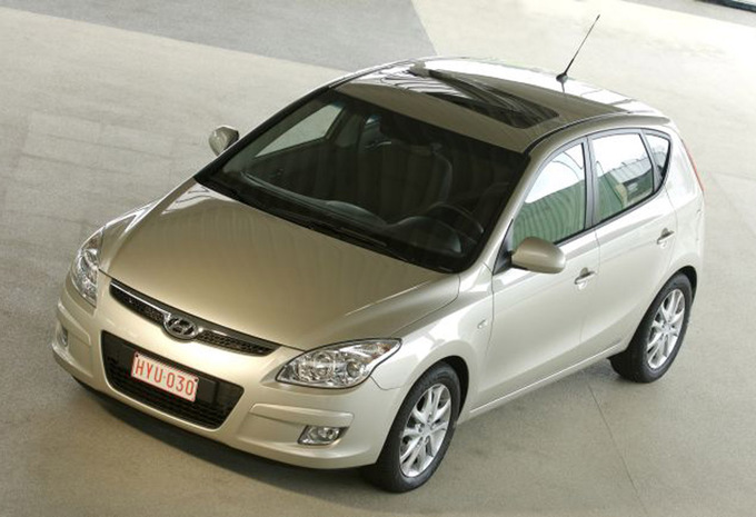 hyundai i30 5p 1 6 crdi 90 i catcher blue 2007 prix moniteur automobile. Black Bedroom Furniture Sets. Home Design Ideas