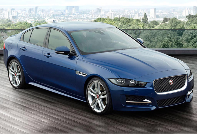 sp cifications techniques jaguar xe 2 0d 120kw aut pure 2017 moniteur automobile. Black Bedroom Furniture Sets. Home Design Ideas