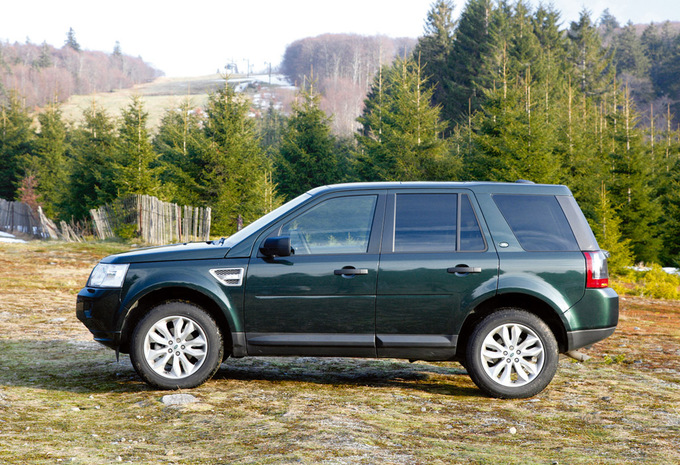 land rover freelander 5p 2 2 ed4 diesel 2wd xs 2015 prix. Black Bedroom Furniture Sets. Home Design Ideas