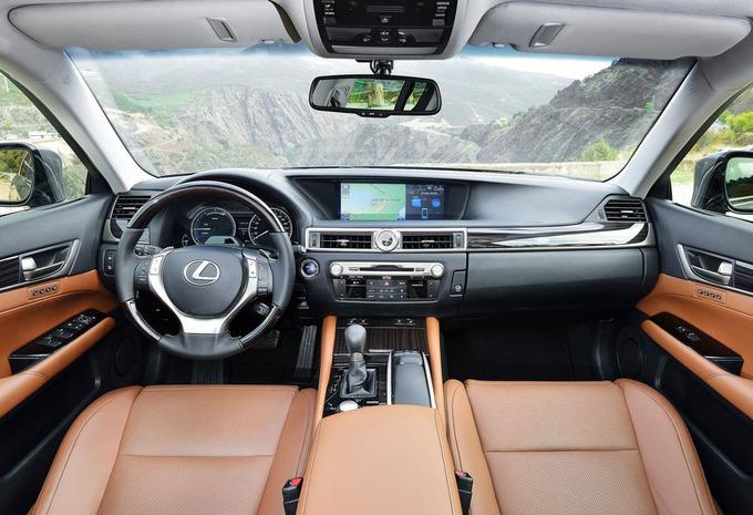 lexus gs gs 300h privilege line 2017 prix moniteur automobile. Black Bedroom Furniture Sets. Home Design Ideas