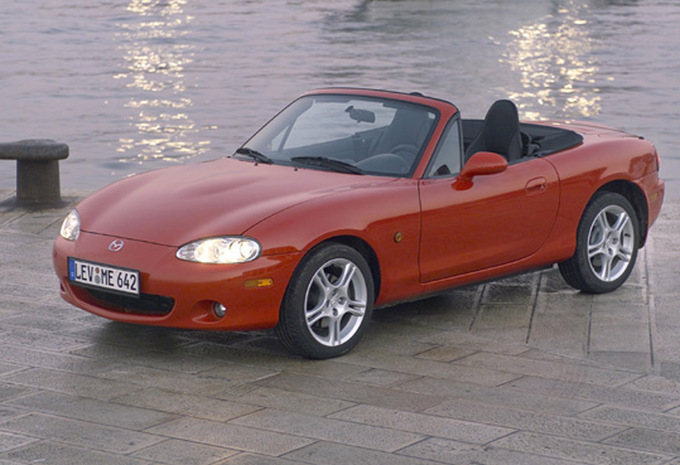 mazda mx 5 1 6 16v millenium 1998 prix moniteur automobile. Black Bedroom Furniture Sets. Home Design Ideas