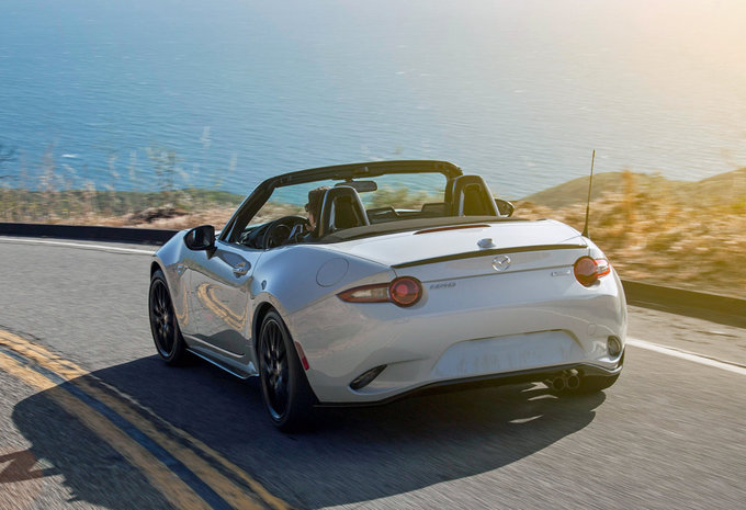 mazda mx 5 1 5 skyactiv g 96kw skycruise roadster 2016 prix moniteur automobile. Black Bedroom Furniture Sets. Home Design Ideas