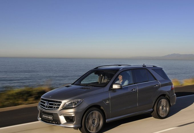 mercedes benz classe m ml 250 bluetec 2011 prix. Black Bedroom Furniture Sets. Home Design Ideas