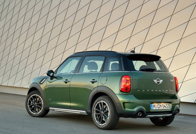 mini countryman one 72 kw 2016 prix moniteur automobile. Black Bedroom Furniture Sets. Home Design Ideas