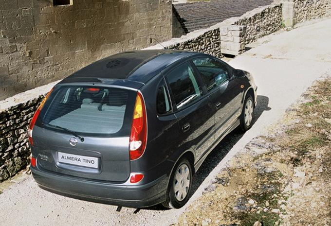 Nissan Almera Tino 2.2 dCi 136 Tekna (2000) technische