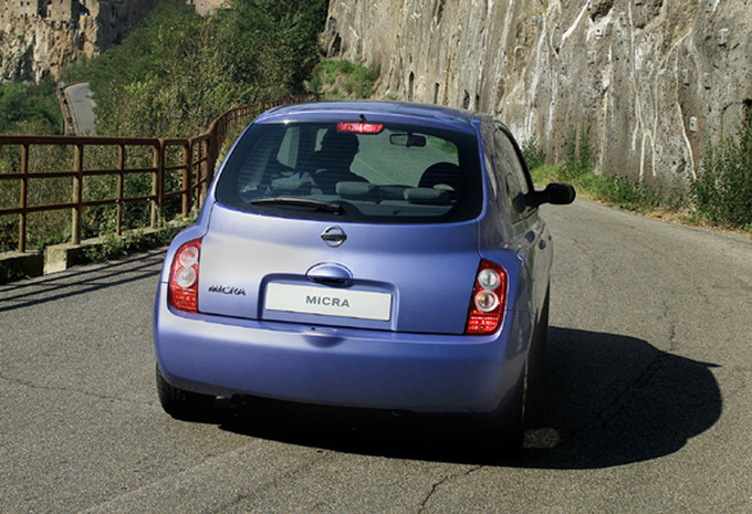 nissan micra 3p 1 2 80 nicky vankets 2003 prix moniteur automobile. Black Bedroom Furniture Sets. Home Design Ideas