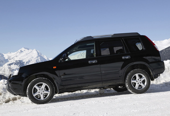 nissan x trail 2 2 dci 4x4 sport 2001 prix moniteur automobile. Black Bedroom Furniture Sets. Home Design Ideas