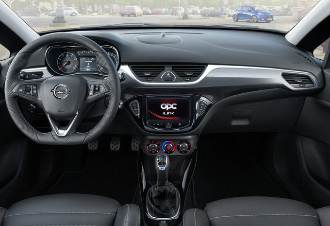 sp cifications techniques opel corsa 3p 1 4 66kw easytronic cosmo 2017 moniteur automobile. Black Bedroom Furniture Sets. Home Design Ideas