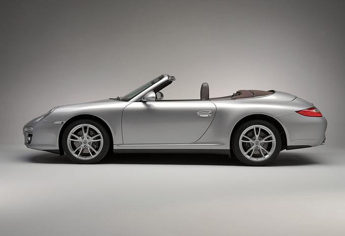 porsche 911 cabriolet turbo s cabriolet ed 918 spyder 2006 prix moniteur automobile. Black Bedroom Furniture Sets. Home Design Ideas