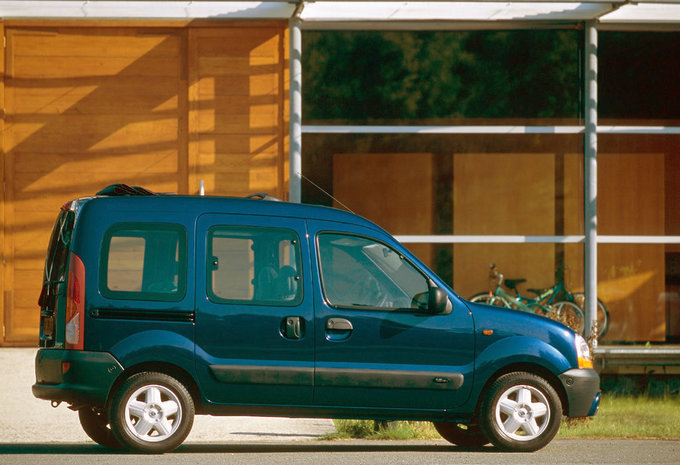 renault kangoo 5p 1 9 d65 pampa 1997 prix moniteur automobile. Black Bedroom Furniture Sets. Home Design Ideas