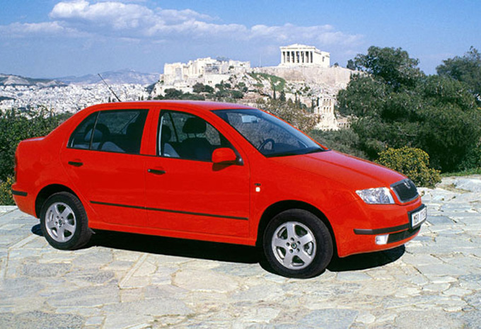 skoda fabia sedan 1 9 sdi comfort 2001 prix moniteur automobile. Black Bedroom Furniture Sets. Home Design Ideas