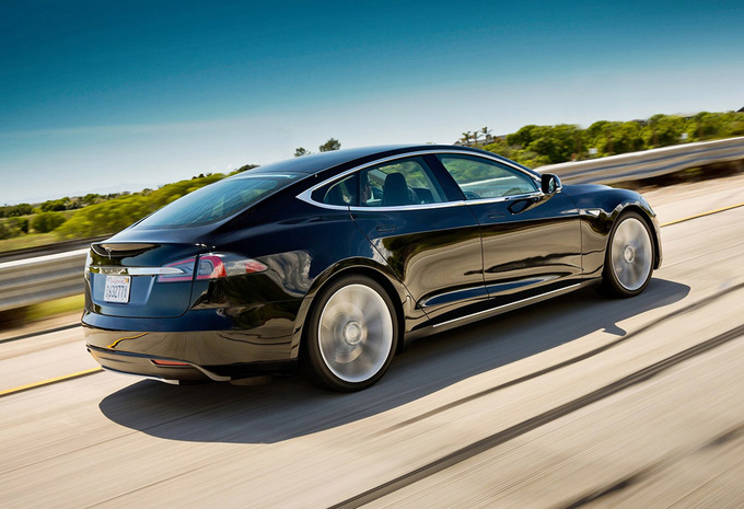 tesla model s model s 85 kwh 2013 prix moniteur automobile. Black Bedroom Furniture Sets. Home Design Ideas