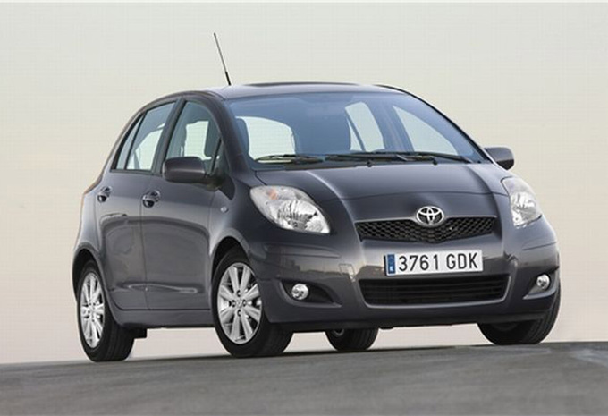 prijs toyota yaris 3d 1 3 vvt i london 2006 autogids. Black Bedroom Furniture Sets. Home Design Ideas