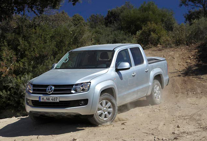 volkswagen amarok 2 0 tdi 163 4x2 highline 2012 prix moniteur automobile. Black Bedroom Furniture Sets. Home Design Ideas
