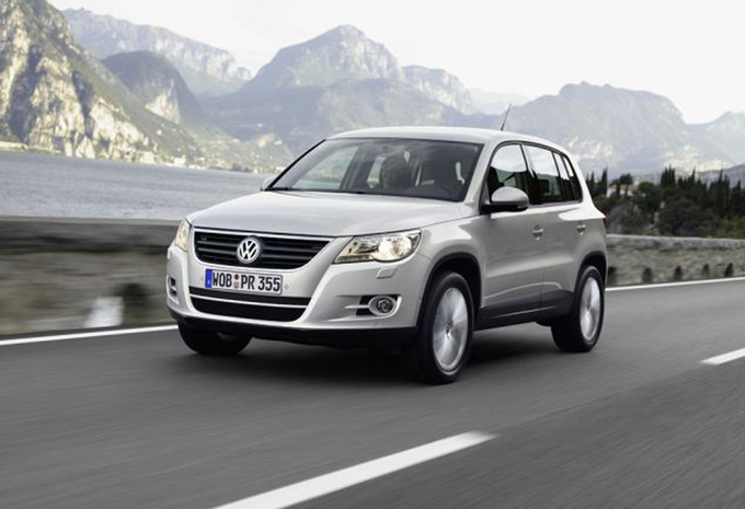 volkswagen tiguan 2 0 tdi 140 4motion sport style 2007. Black Bedroom Furniture Sets. Home Design Ideas