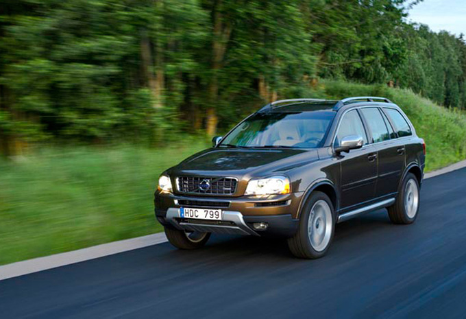 prijs volvo xc90 d5 awd momentum geartronic 2002 autogids. Black Bedroom Furniture Sets. Home Design Ideas