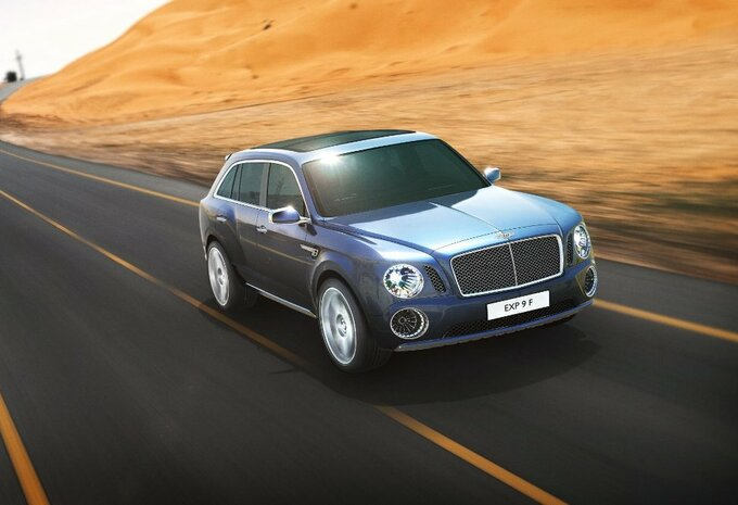 Bentley SUV bevestigd #1