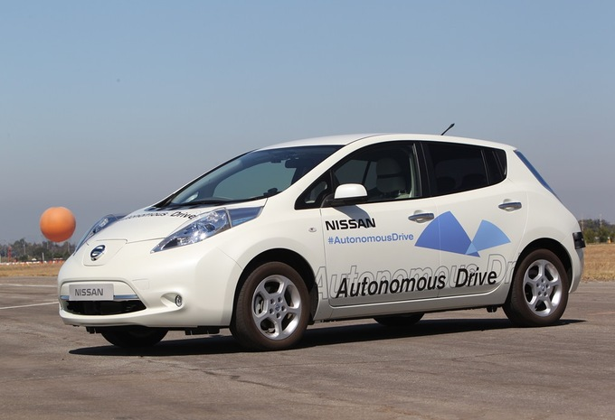 Autonoom rijdende Nissan tegen 2020 #1